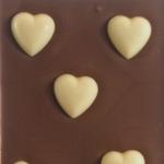 Lys chokolade med hvide hjerter